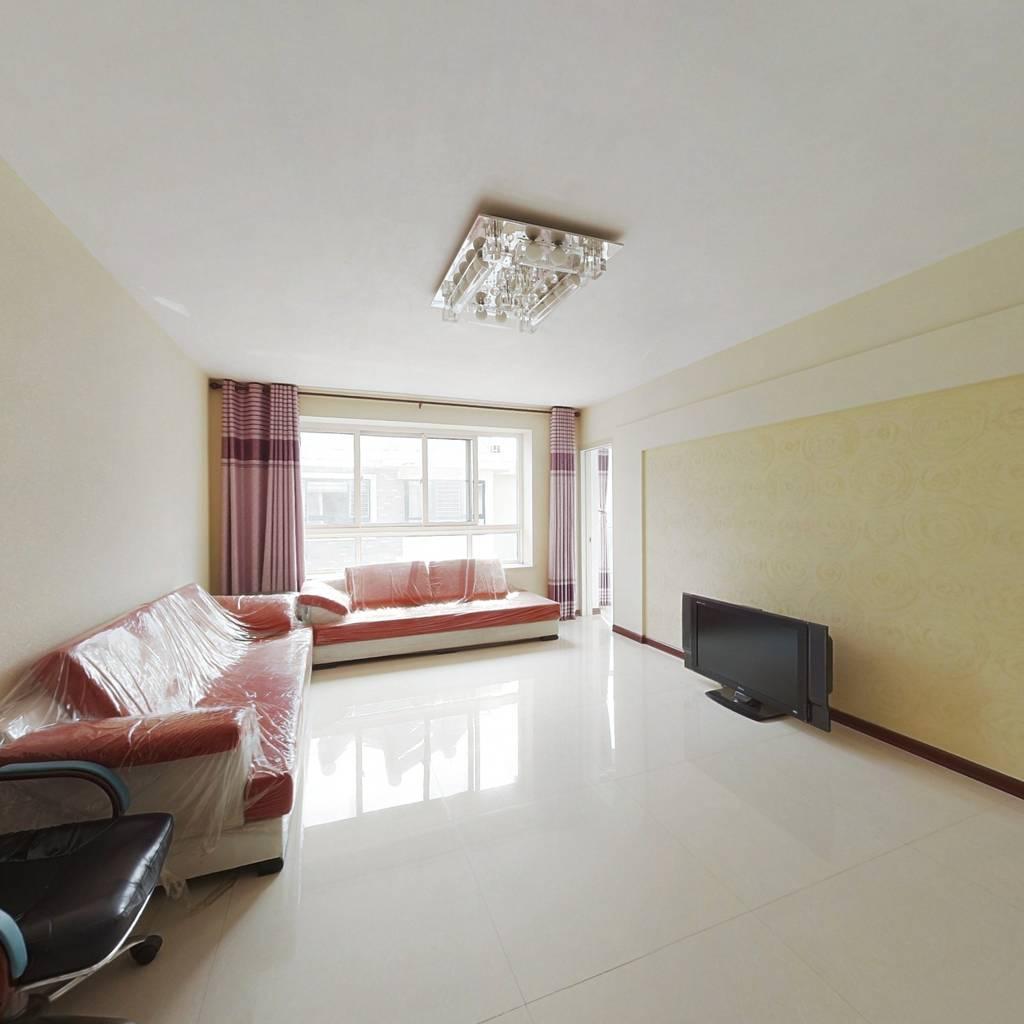 阳光城东打头,客厅带窗,南向双卧,采光足,带大小房