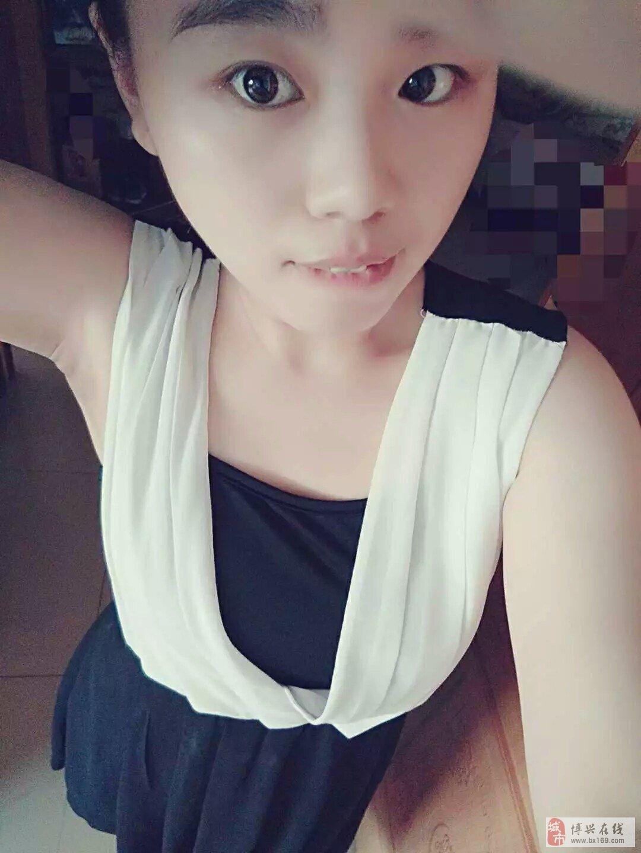 【处女秀场】苏可27岁个体明衣美女的穿透图片座美女_美女秀_博图片