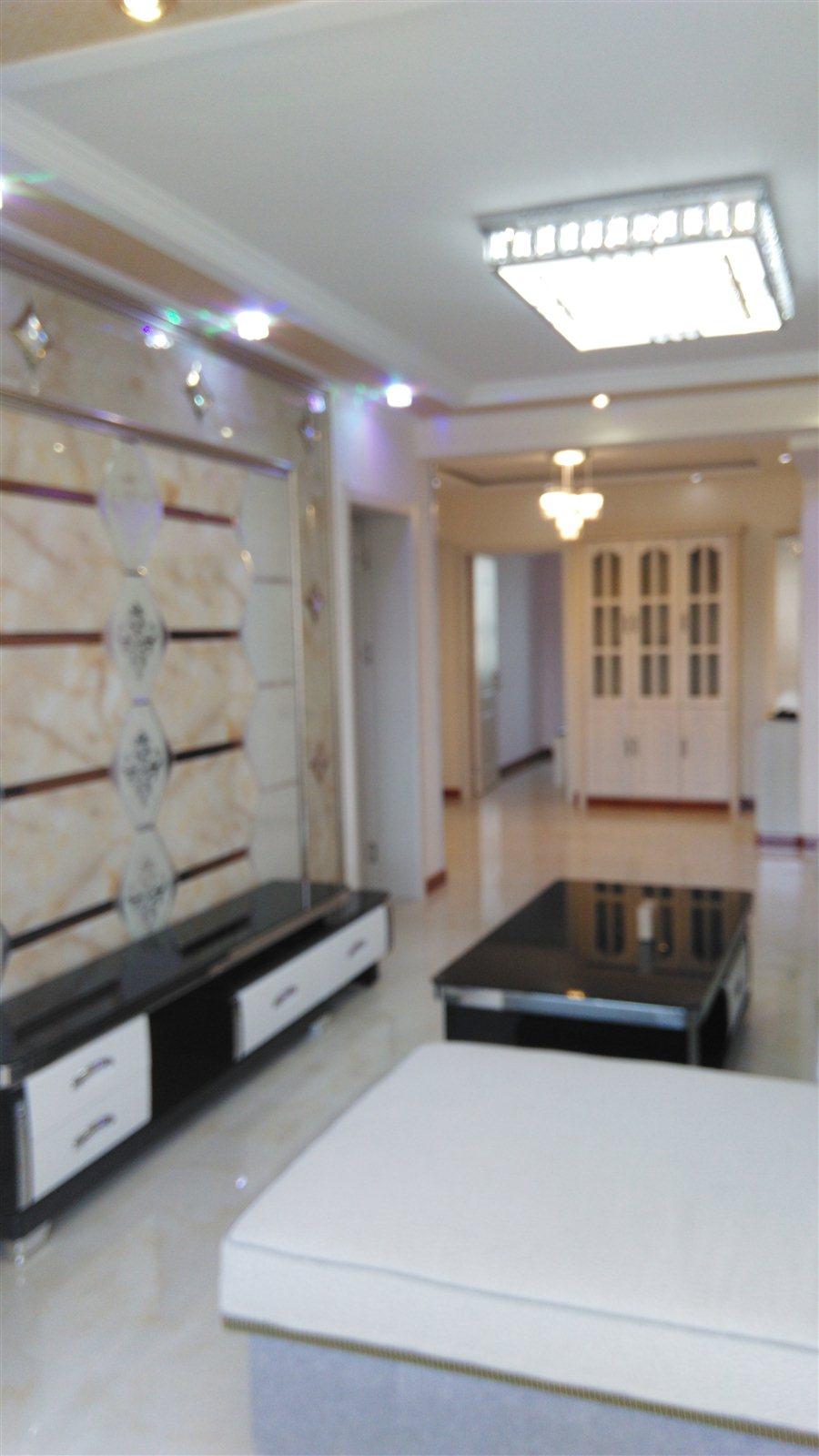南苑小区(南苑路)3室 2厅 1卫51.8万元