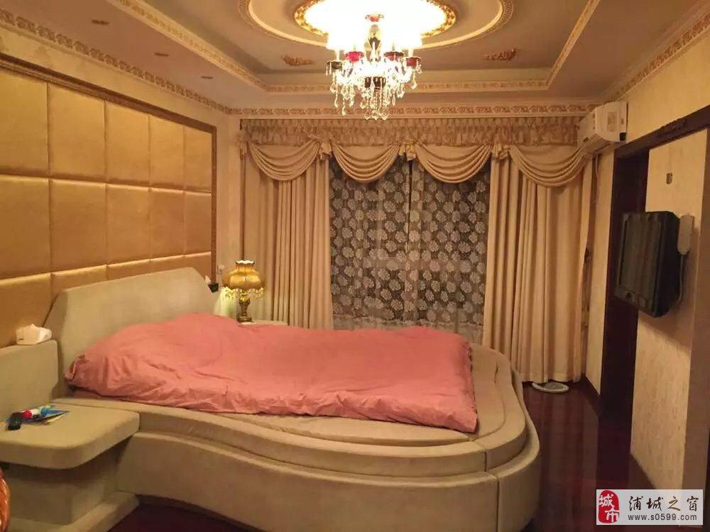 高档精装修别墅型宽敞舒适大房子