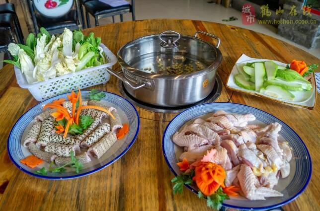 【水浸鸡】自家农场原生态走地鸡!还有蛇鸡煲、菌鸡煲、水鱼蛇鸡