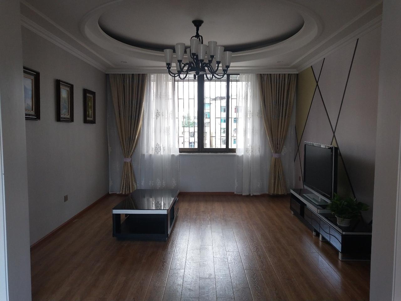 烟草公司宿舍3室2厅2卫65.5万元
