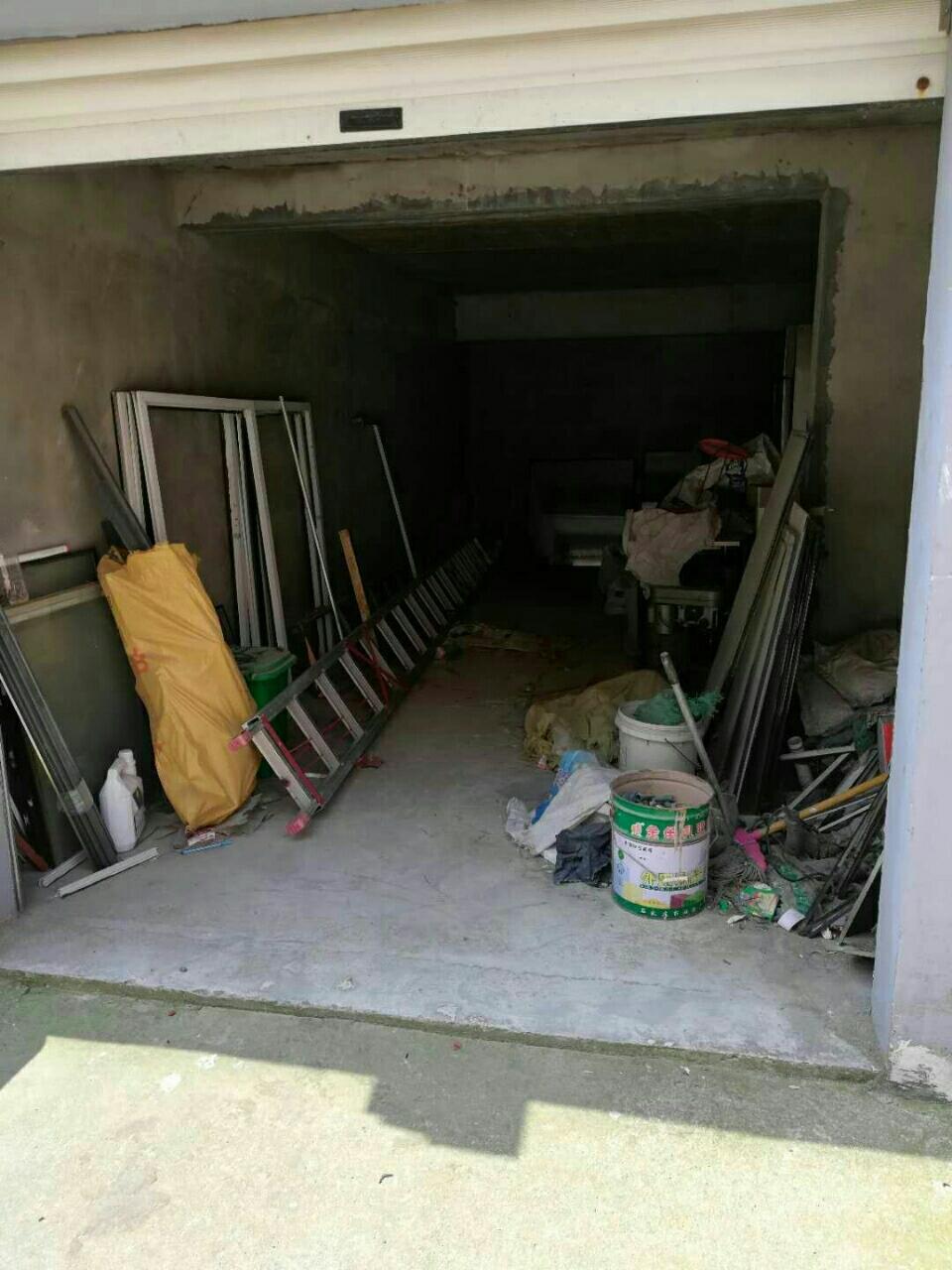 新二中附近3室2廳62萬元有證電梯有車庫