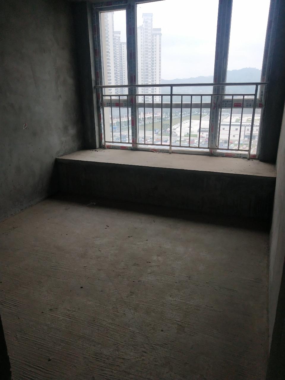 豪洋k城3室2廳1衛42.5萬元