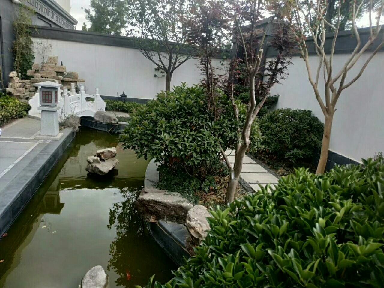 御花园1楼132平精装大院子可按揭116万元