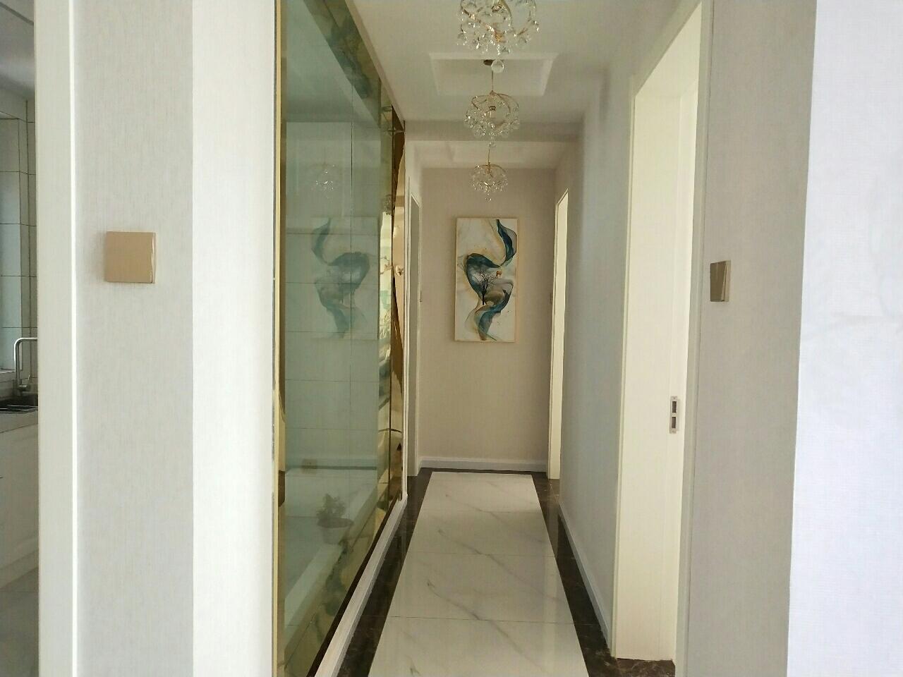 东方明珠2室2厅1卫70万元
