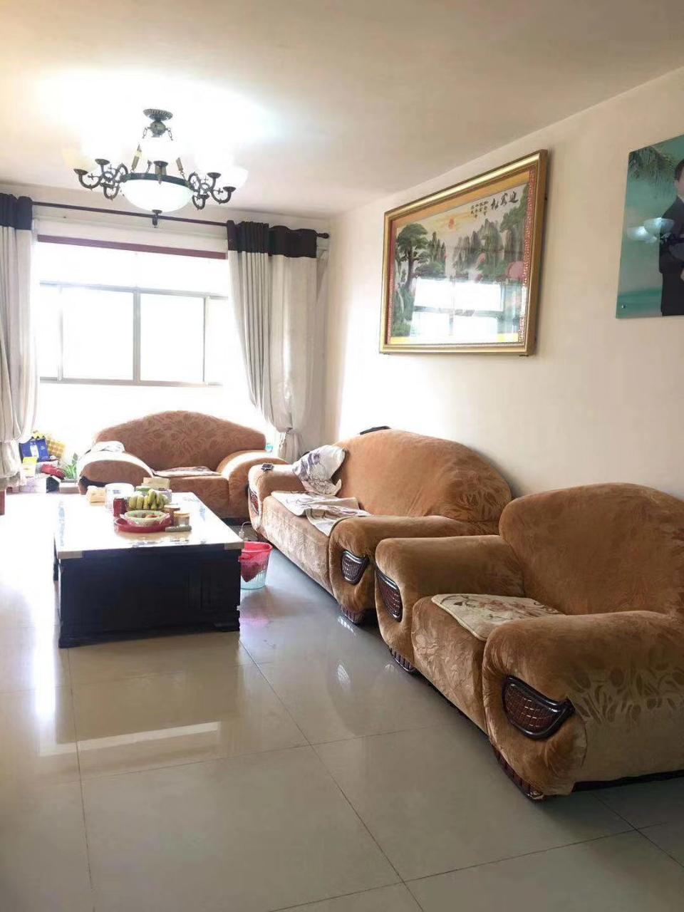 金色家园3室2厅2卫78万元赠送大平台