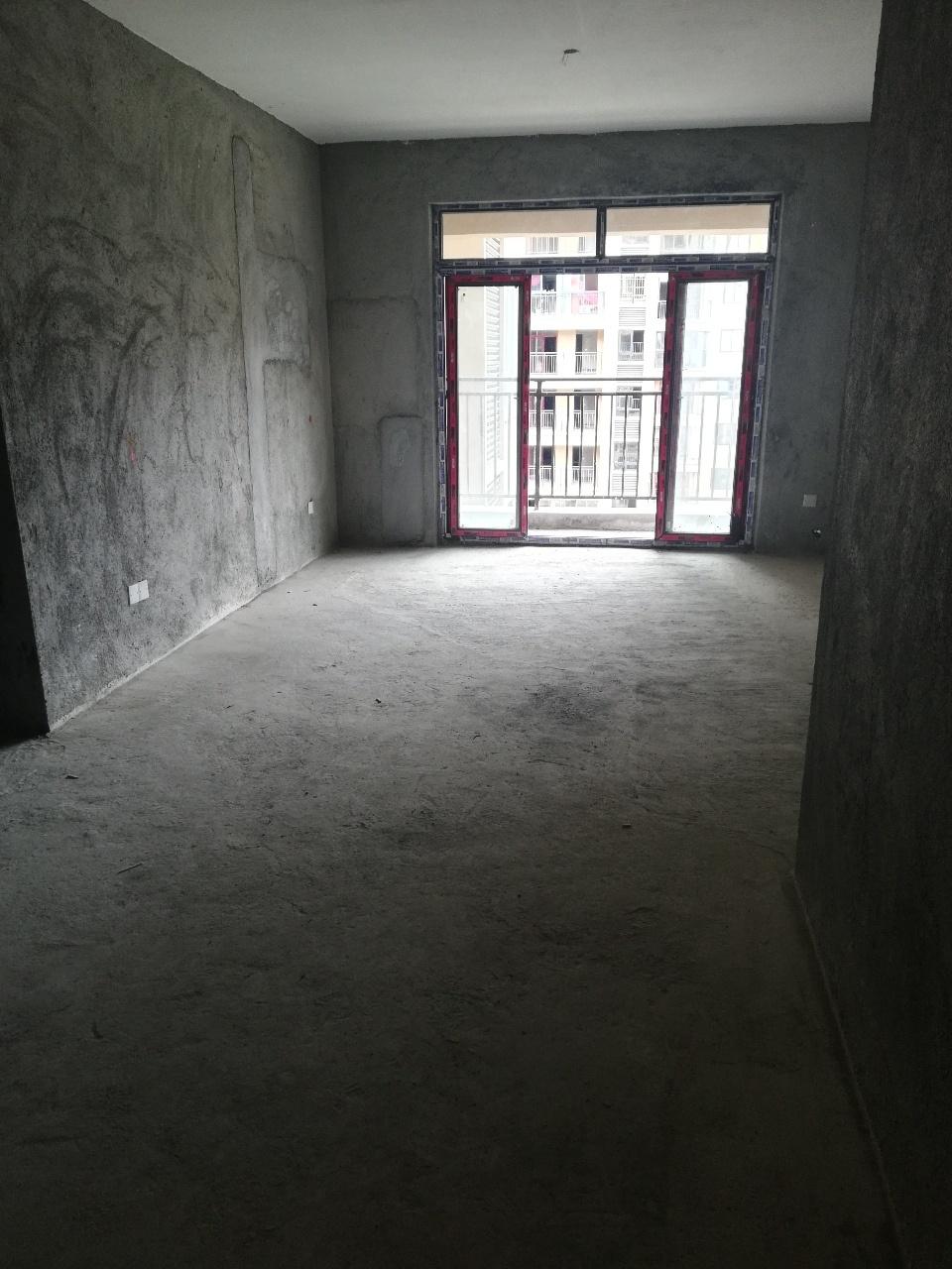 国维·中央府邸3室2厅2卫72.8万元