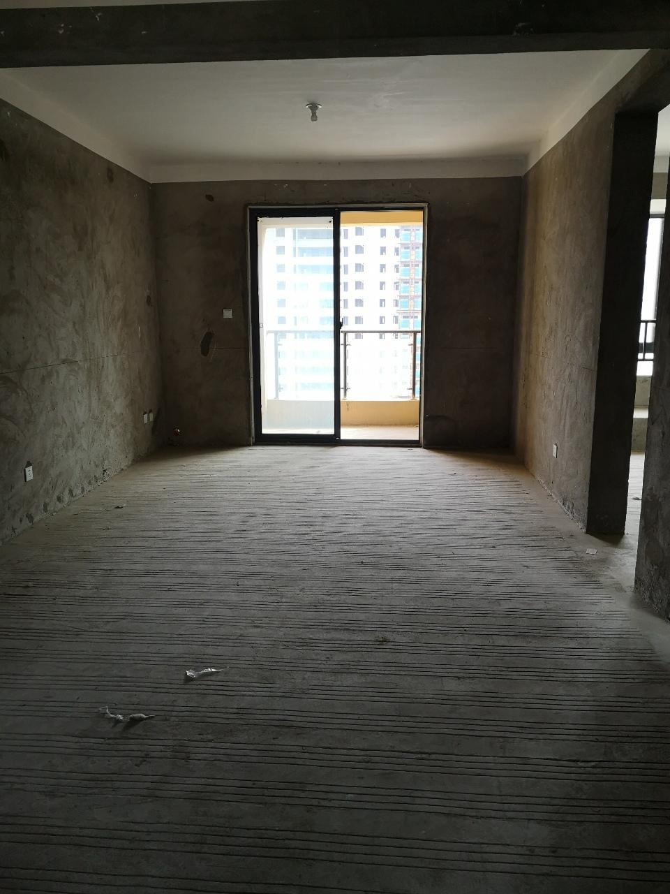 一手合同学区房!晶宫·天悦3室2厅1卫75万元