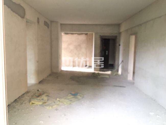 碧桂三期4室2厅2卫65万元