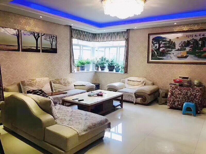 御景龙庭精装修146平米3室2厅2卫85.8万元