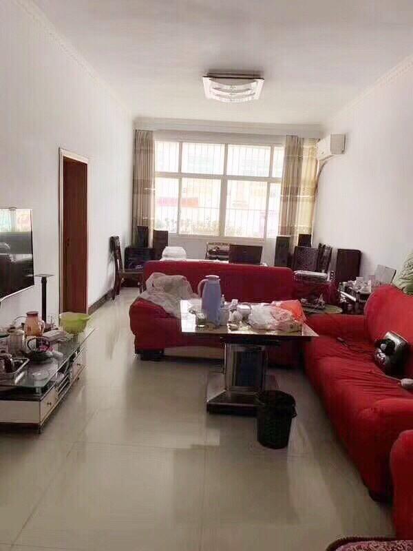 鹏达花园学区房精装修3室2厅1卫56.8万元