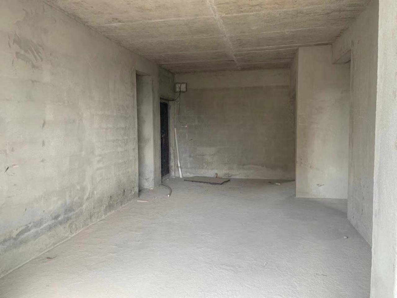 海玉.名城3室2厅2卫62.8万元