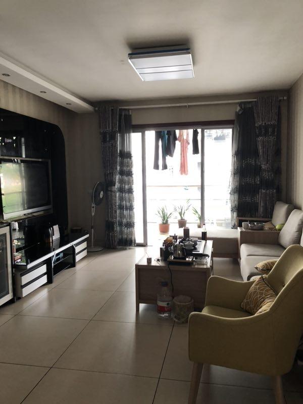 黔龙阳光花园3室2厅2卫72万元