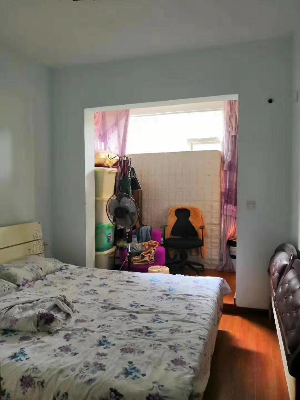 威肯领秀江山3室2厅2卫64.8万元