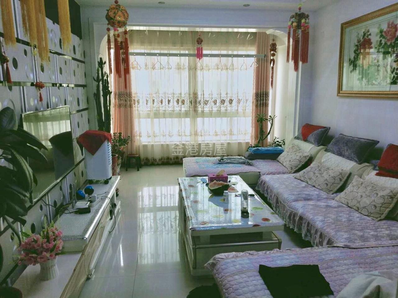 润泽园5楼2室2厅1卫28万元