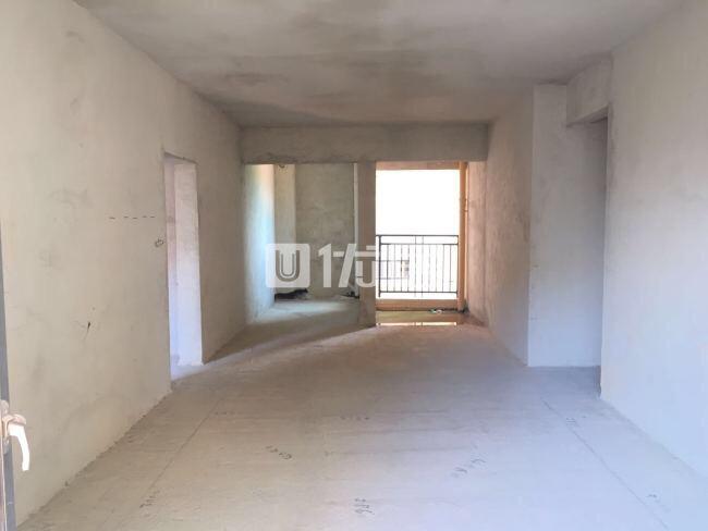 碧桂城4室2厅2卫62万元