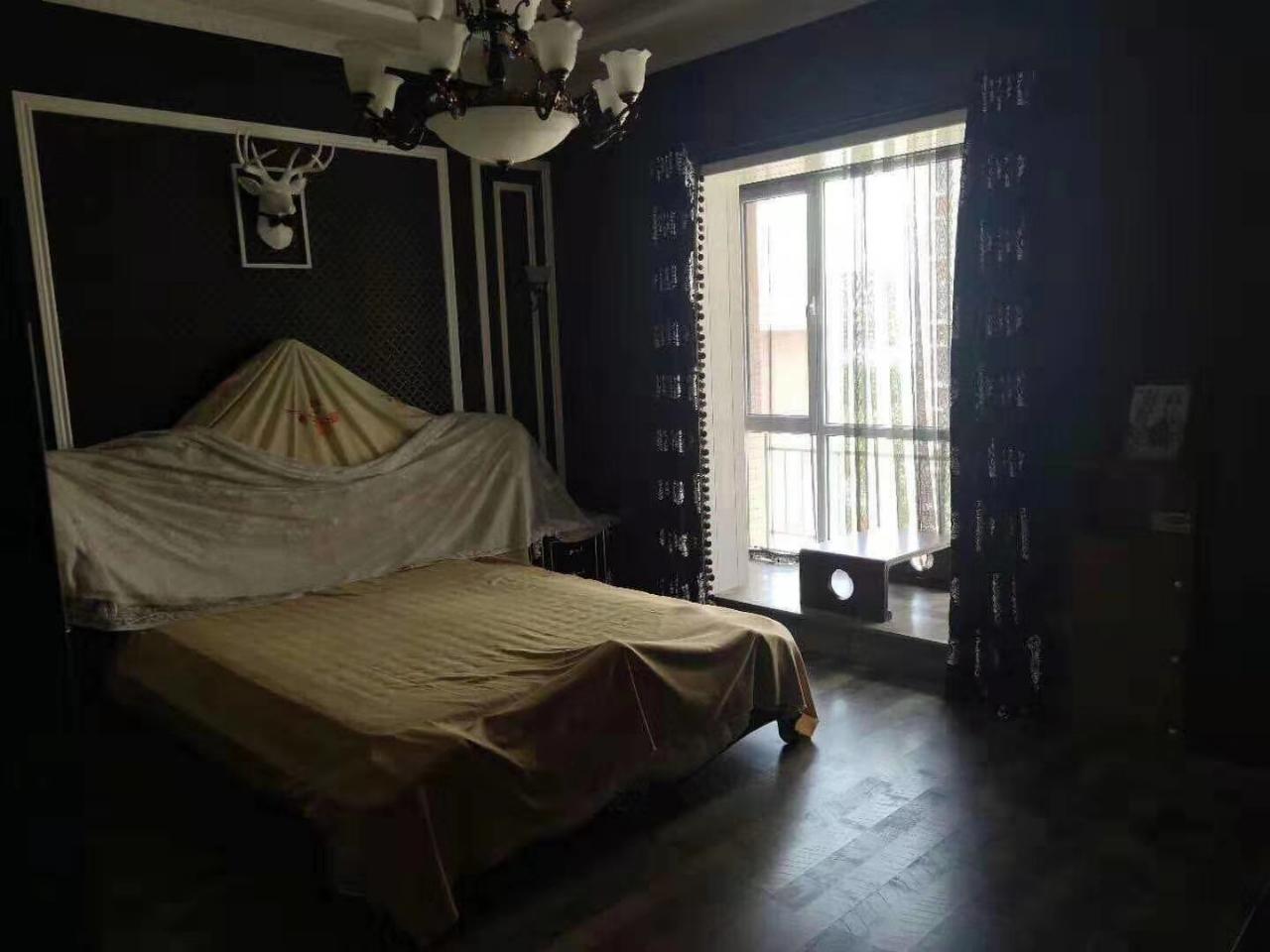 润景园花园洋房3室2厅2卫100万元