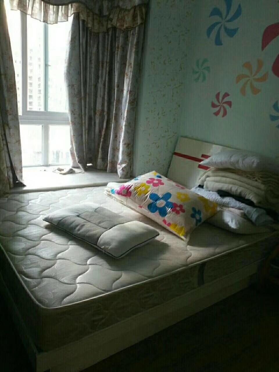 乌江明珠花园3室2厅2卫65万元