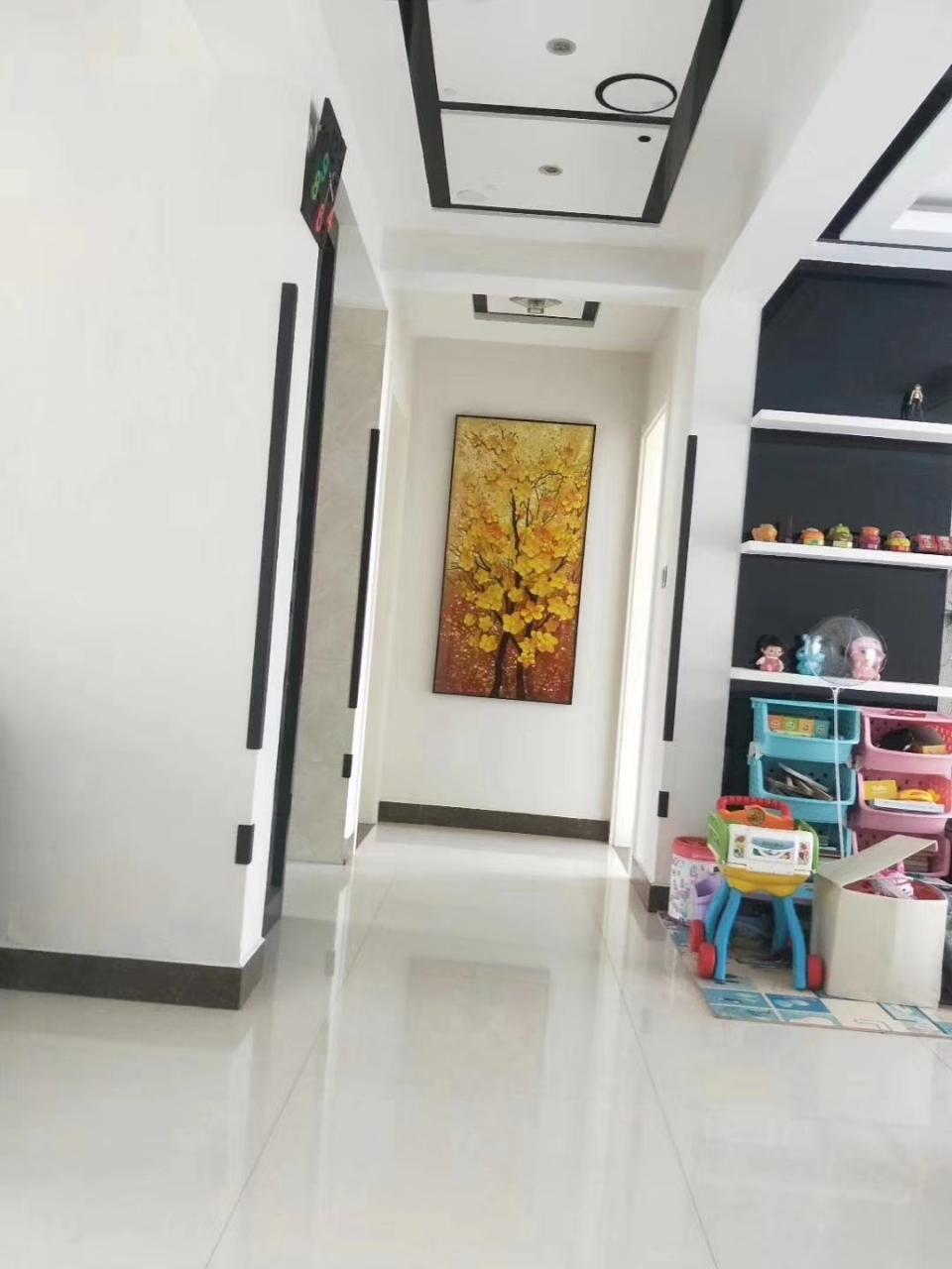 贵和苑南区精装修带3室2厅1卫155万元
