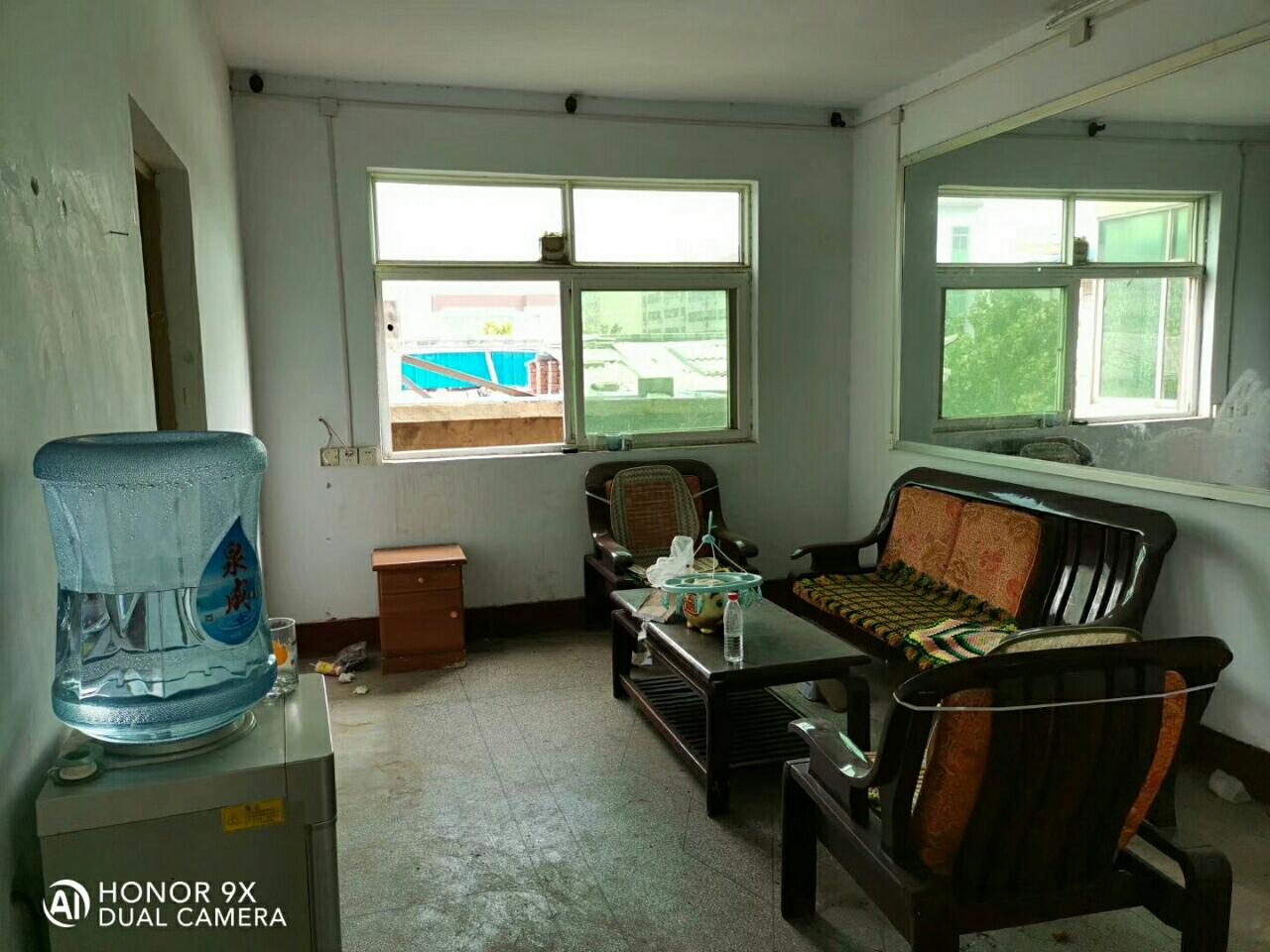 棉麻公司家属院2室2厅1卫17.5万元