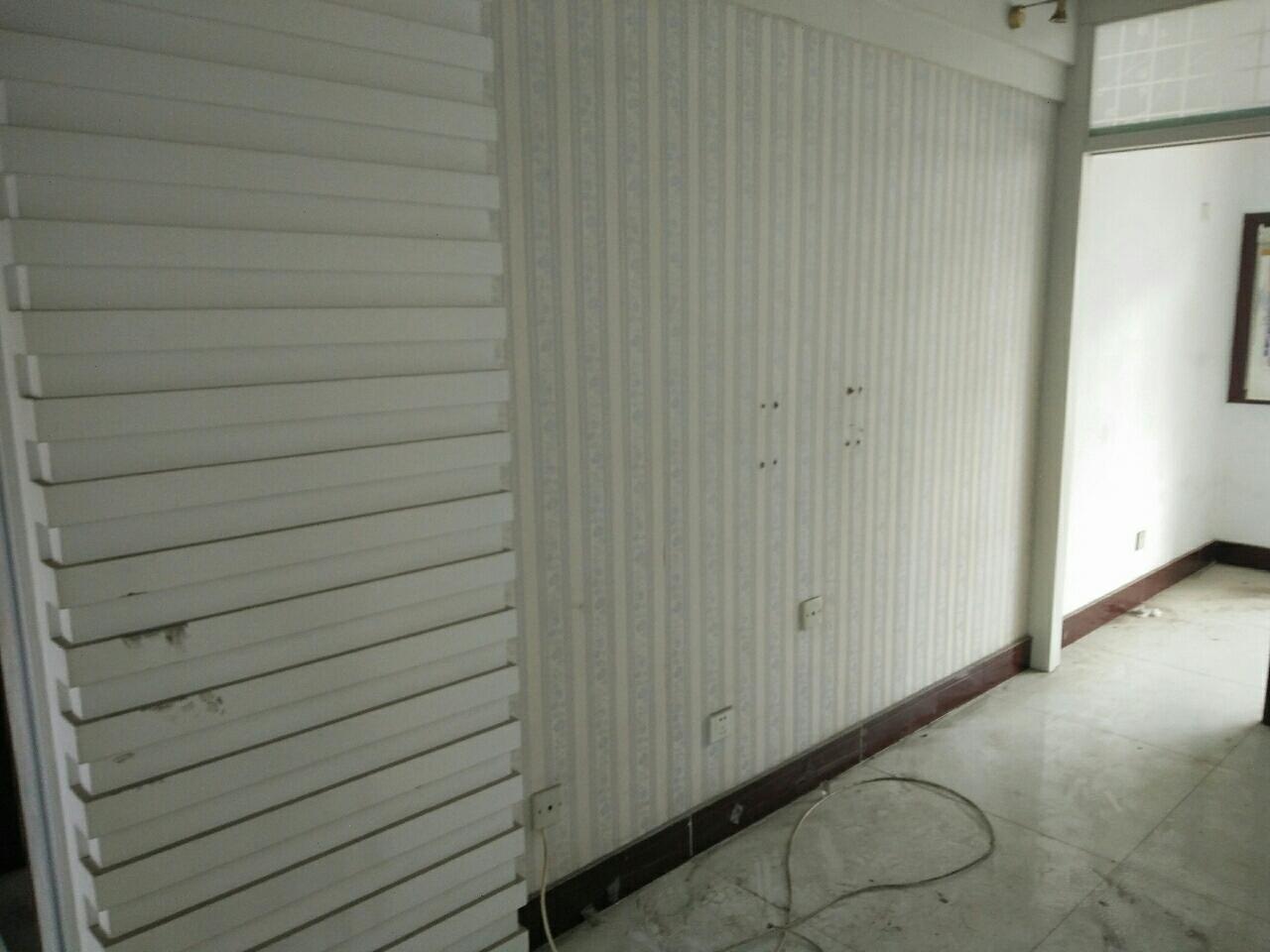 H弘盛現代城3室2廳1衛56萬元