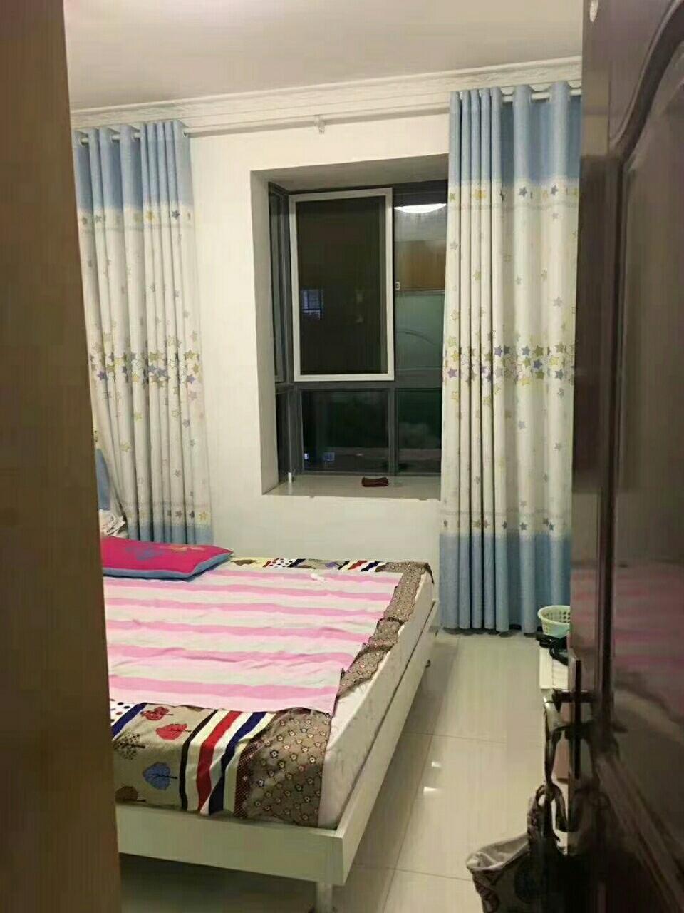 紫云山莊3室2廳2衛75萬元