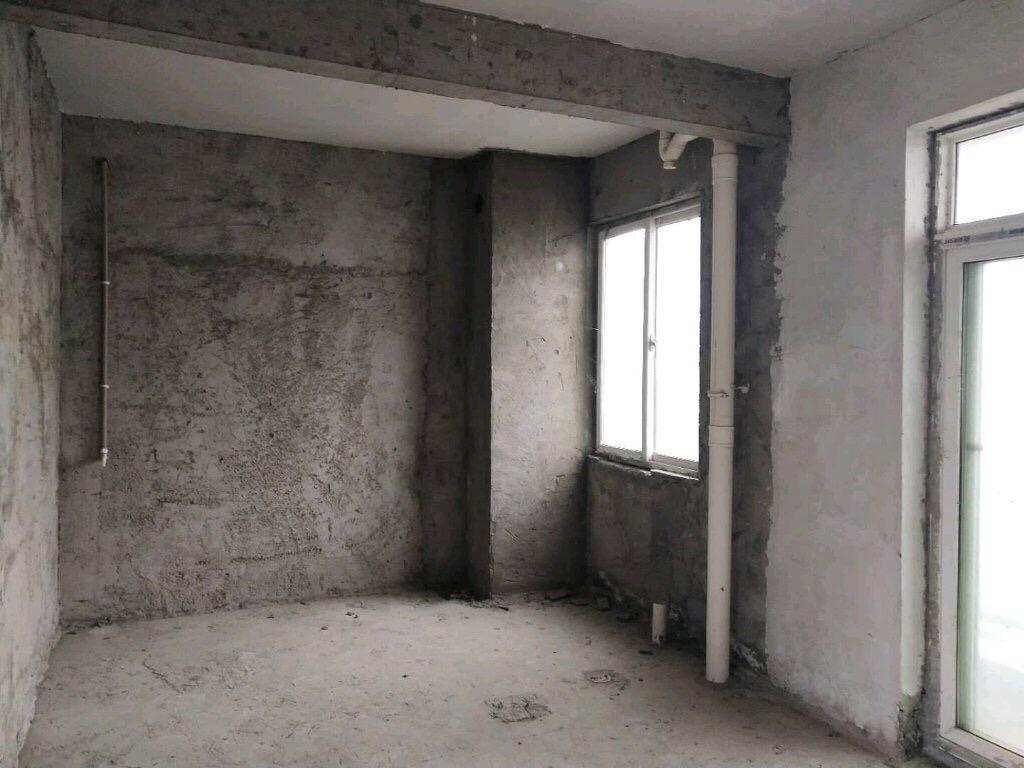 碧水蓝天江景房3室2厅1卫53.8万元