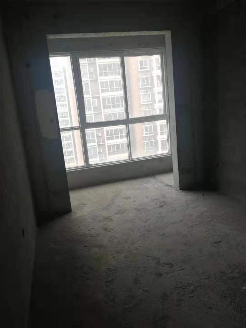 紫御臺A區3室2廳2衛63萬元