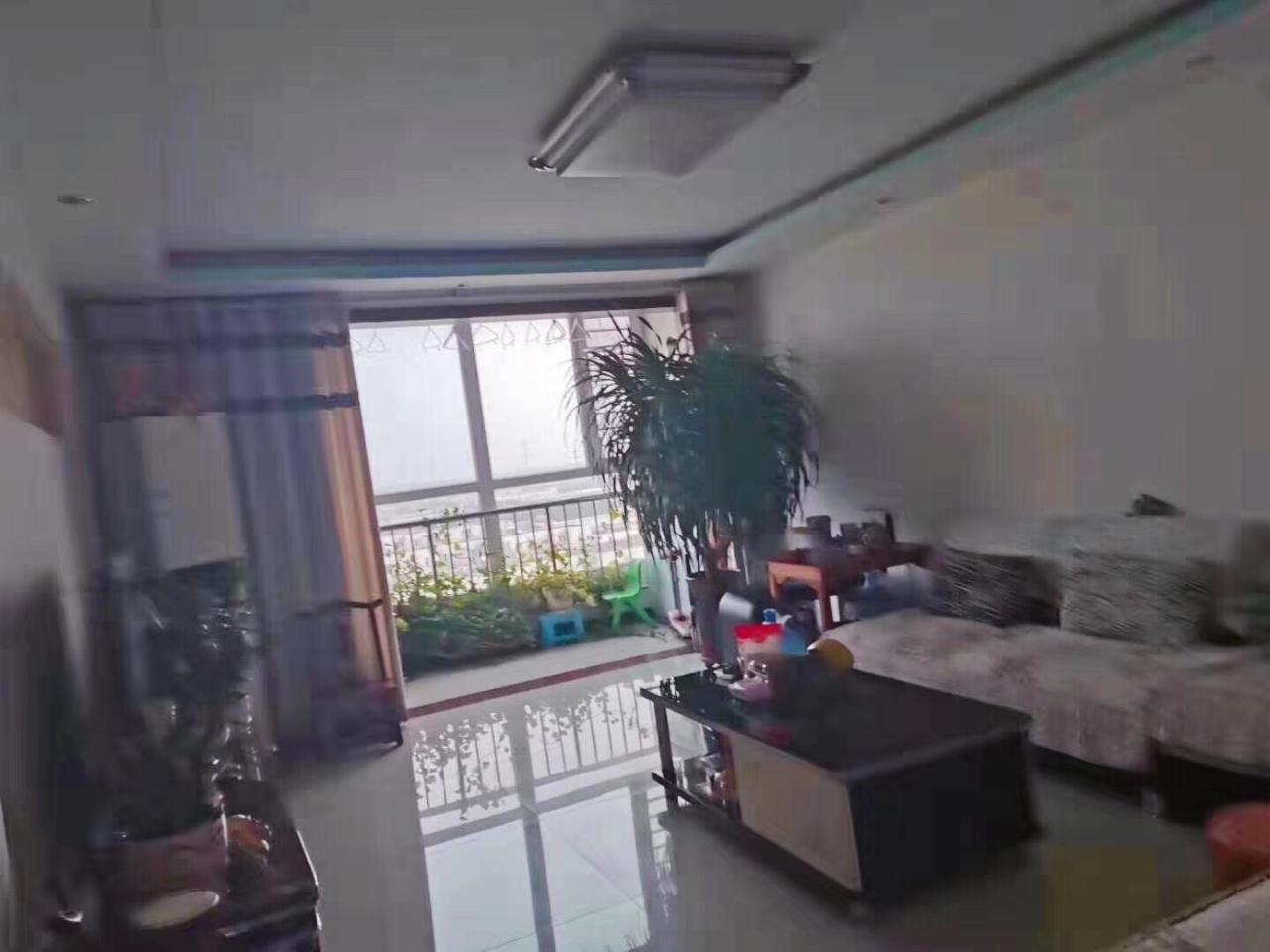 上大公寓,首付35万,通透三室,好楼层,双卧朝阳。