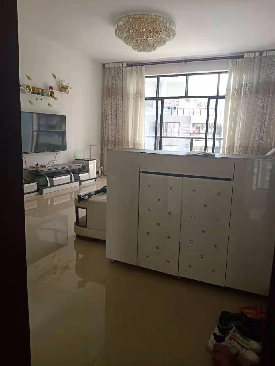碧桂华庭4室2厅2卫62.8万元