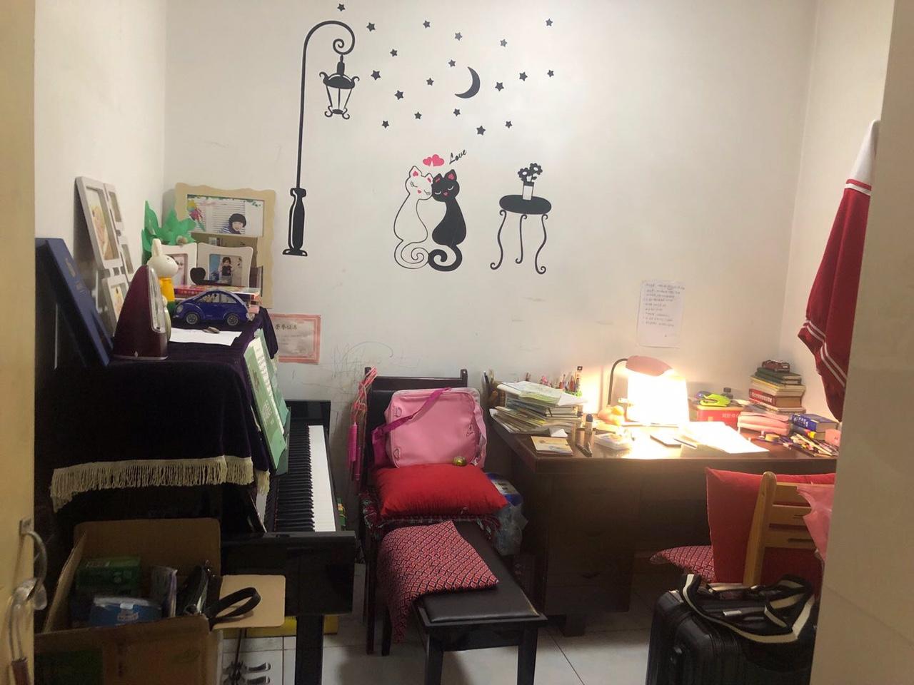 实验二小学区房3室2厅1卫105平精装带家具家电
