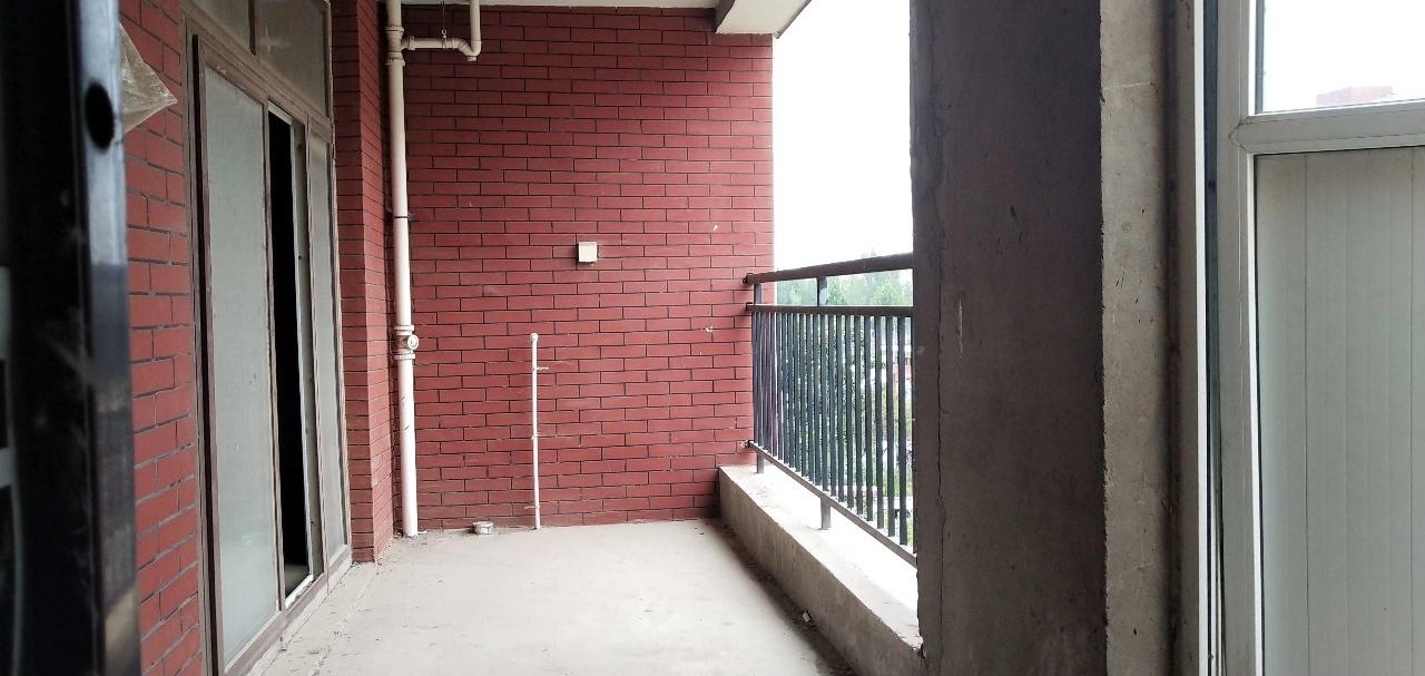 滑县香悦四季城4室2厅2卫79.5万元