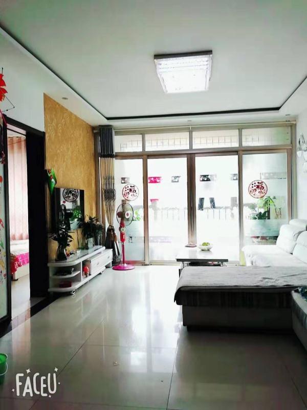 天元上東城3室2廳1衛80萬元