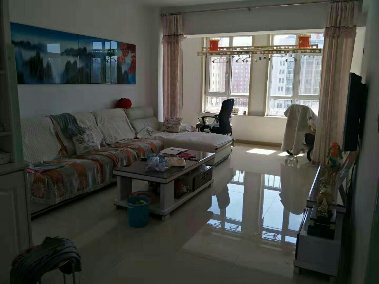 東盛龍城佳園小區11樓101平2室2廳1衛55萬元