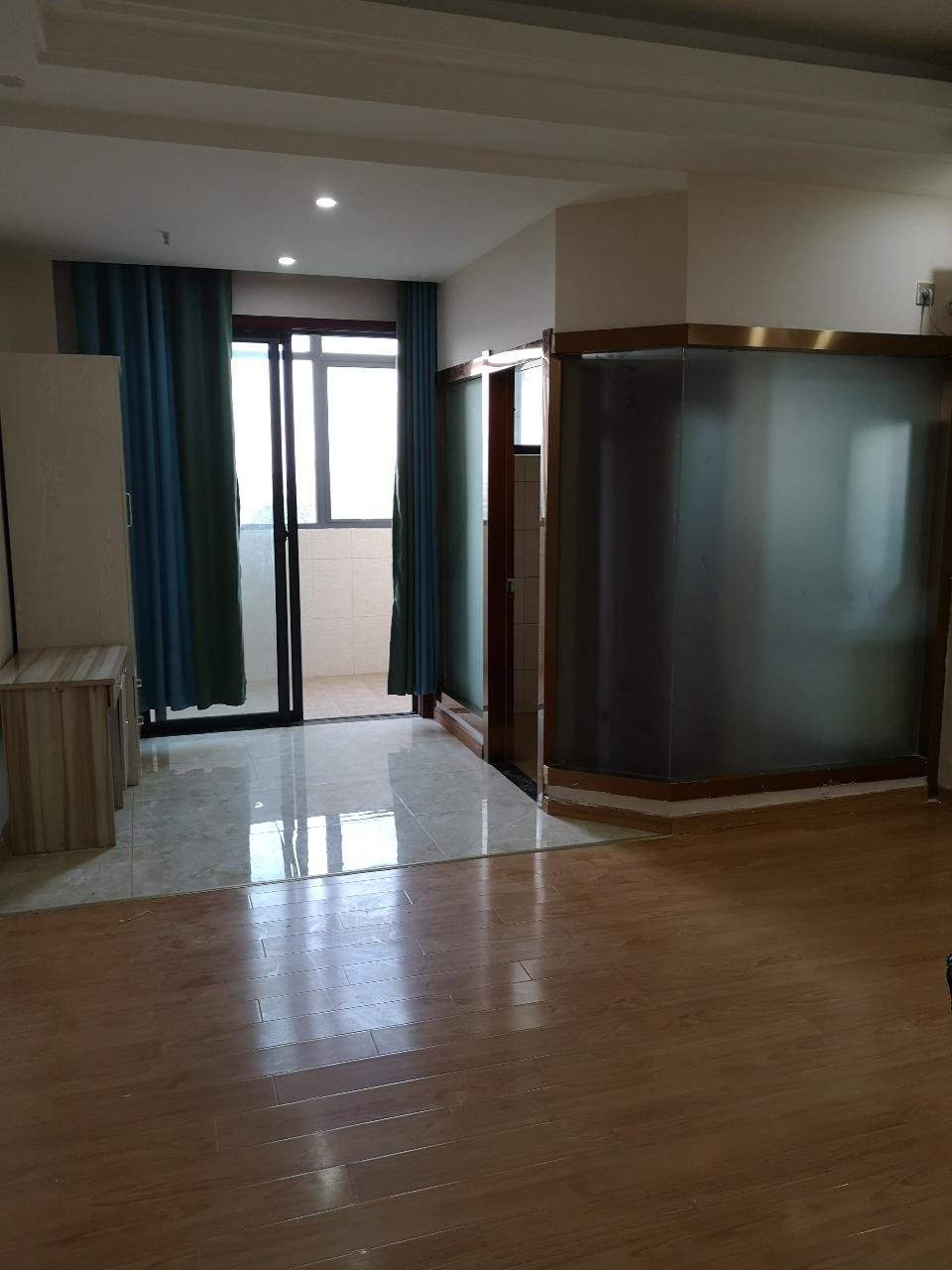 精装公寓一手房源!辉隆大市场1室1厅1卫30万元
