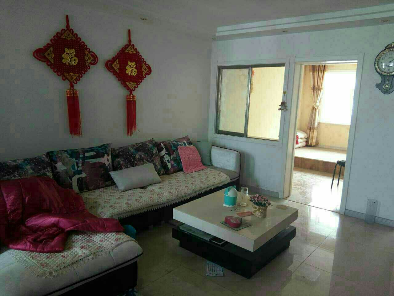 东尚庭苑3室2厅1卫76万元