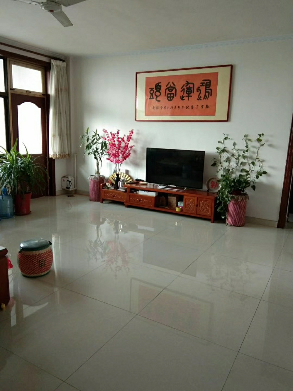 10037-锦秋小区3室2厅1卫75万元
