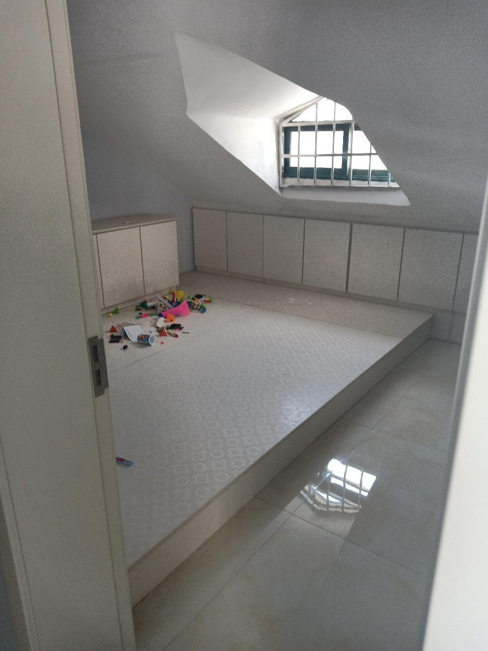 吉祥家园3室2厅1卫60万元
