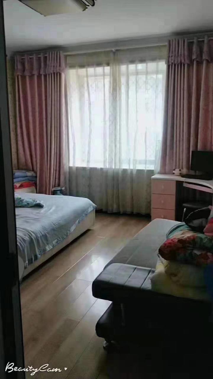 商贸住宅小区3室2厅2卫54万元