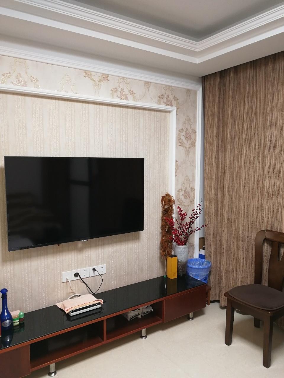 中坤苑現代精裝修2室2廳1衛90平米89.8萬