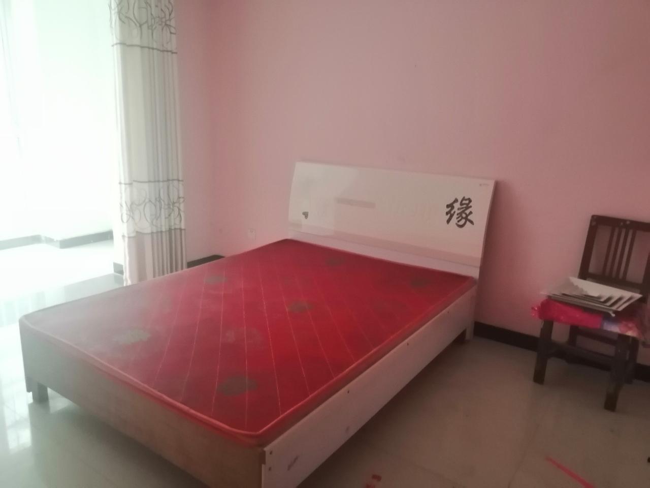 东海王府3室2厅2卫59.5万元