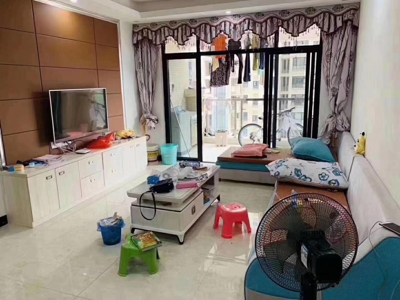 竹林新居3室2厅1卫69.8万元