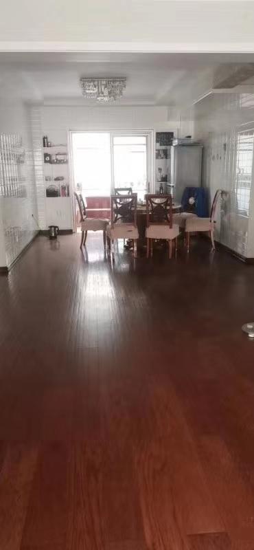景华园3室2厅2卫85万元
