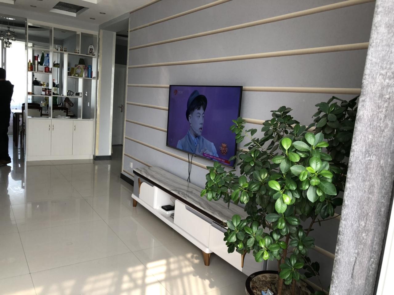 现代城精装修首付低3室2厅2卫65万元