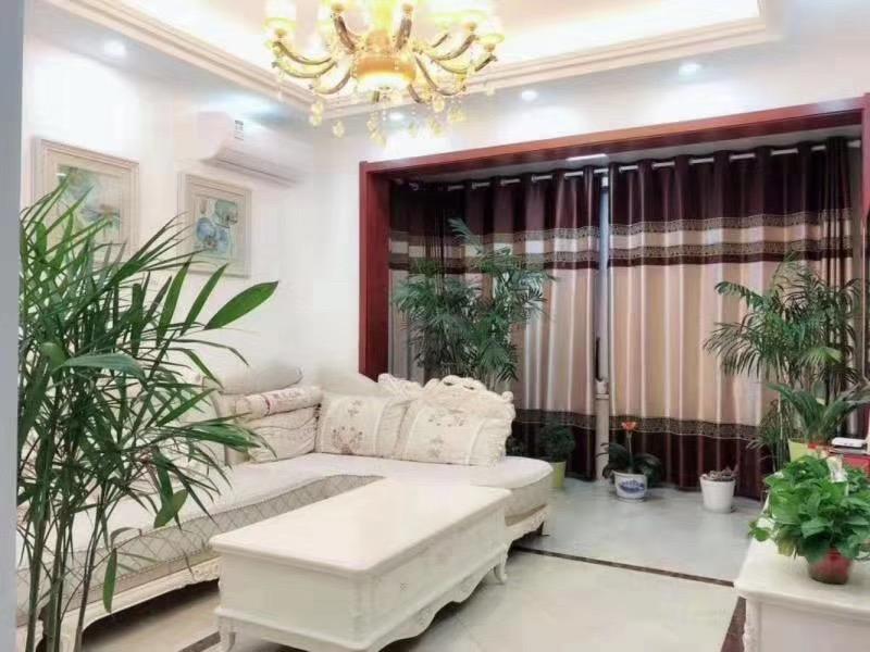 金鹰御龙湾、三学区、公园房、急售 105平方129.8万元