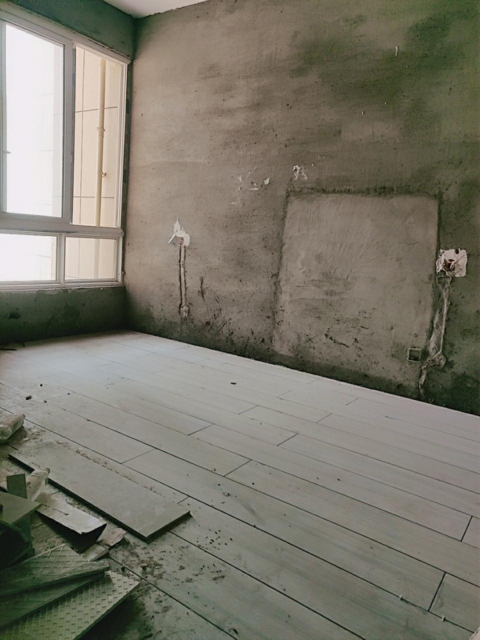 美晨·新天地3室2厅1卫40万元
