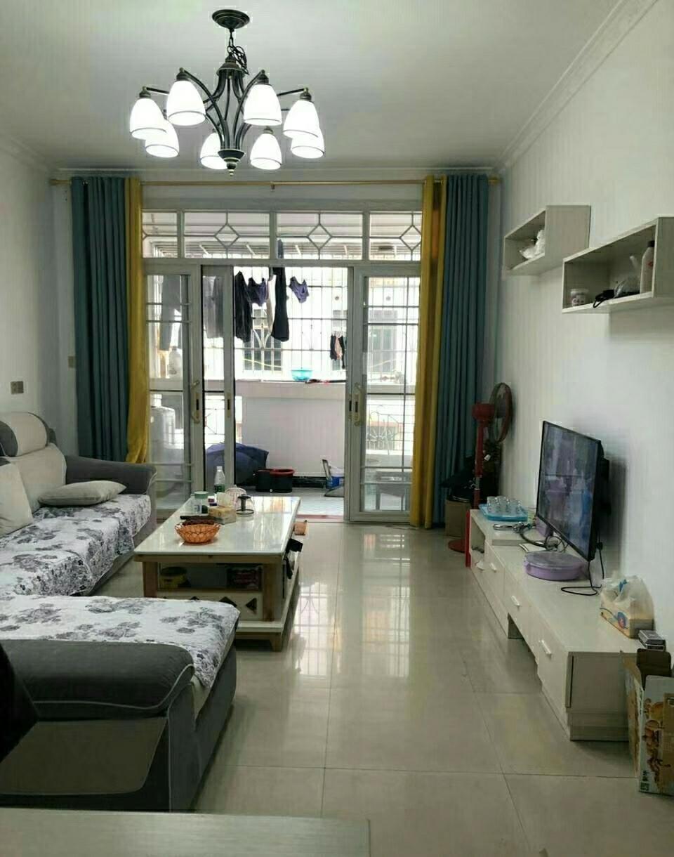 桃江花园大两房 新装修 56.8万元