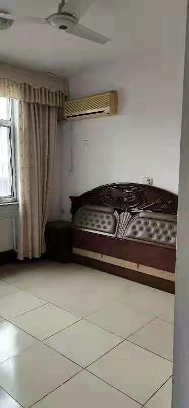 天鴻建筑家屬院3室2廳1衛84萬元