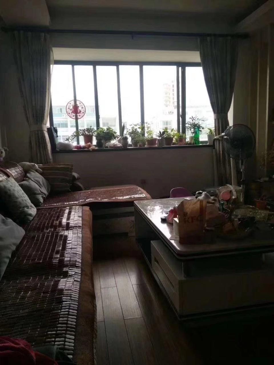 丹溪花园3室2厅2卫99万元